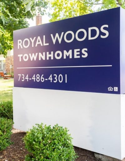 royal-woods-townhomes-apartments-for-rent-in-riverview-mi-gallery-4
