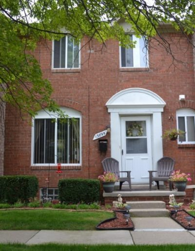 royal-woods-townhomes-apartments-for-rent-in-riverview-mi-gallery-6